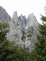 Acele Morarului vazute din Valea Morarului
