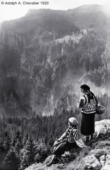 /Toponimie/s__rb__toarea_muntelui_foto_adolph_a._chevalier__1920.jpg