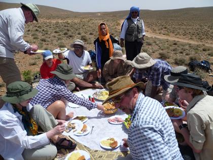 /Valea/desert-lunch.jpg