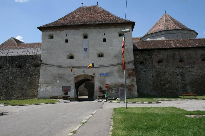 /CetateaRasnovului/img_2266-j2.jpg