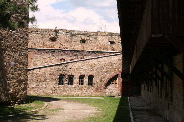 /CetateaRasnovului/img_2269-j2.jpg