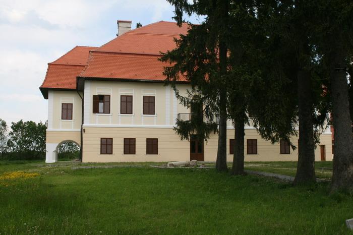 /CetateaRasnovului/img_2282-j2.jpg