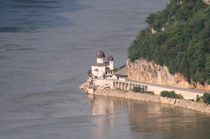 /Muntenegru1/img_5335-j1.jpg