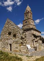 Densus,  biserica cu una din cele mai fascinante povesti ...