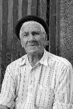 veteran din al II-lea razboai mondial - a ajuns pana in Caucaz cu vanatorii de munte in 1942 ... s-a dus in 2007 ...