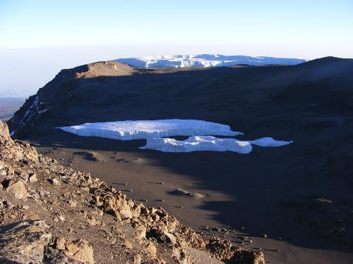/KILIMANJARO/53._in_crater.jpg