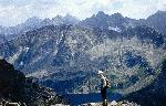 Tatra Inalta in Polonia - vedere de la Kozi Wierch - Vf. Capra (2291 m). Iulie 1982.