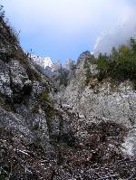 Valea GĂŁlbinelelor este aproape impracticabilĂŁ