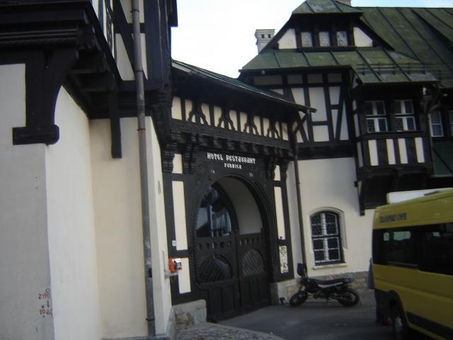/Bucegi/hotel_restaurant_furnica.jpg