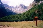M. Prokletije (Munetenegru / Albania) - Pe V. Grlja, vedere spre Vf. Skokiste