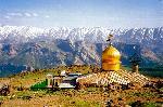 M. Demavend (Iran) - Gosfand Sara (3040 m.), in spate se vede creasta Dobarar (4250 m.) - Parvaneh (4050 m.)