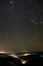 Ploaia de stele - Fotografie realizata in colaborare cu Tedi, amandoi am inghetat langa aparat :D