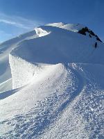 Serpuiri in drum spre Mont Blanc